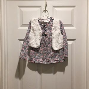2-Piece Tunic and Faux Fur Vest - Size 6mo